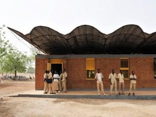 Schulerweiterung in Dano