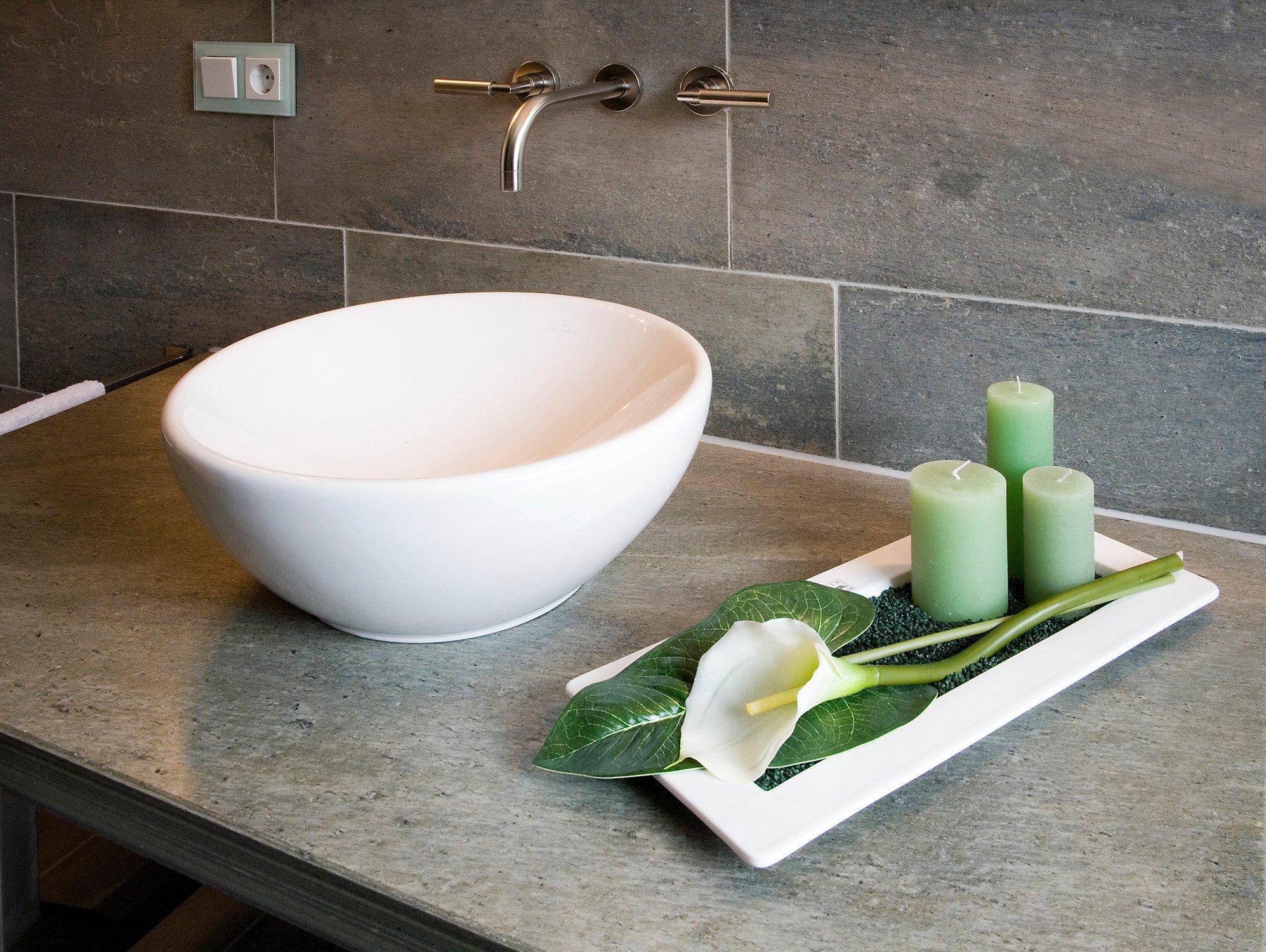 schieferfliesen und platten fliesen und platten kunst natursteine baunetz wissen. Black Bedroom Furniture Sets. Home Design Ideas