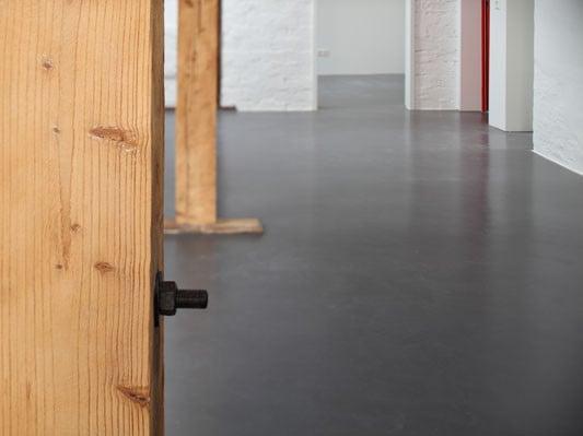Linoleum bodenbelag  Wohnhaus Pehlke in Hannover | Boden | Wohnen | Baunetz_Wissen