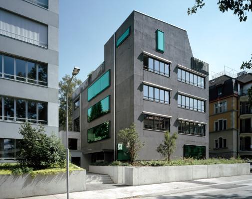 mehrfamilienhaus b35 in z rich nachhaltig bauen wohnen. Black Bedroom Furniture Sets. Home Design Ideas