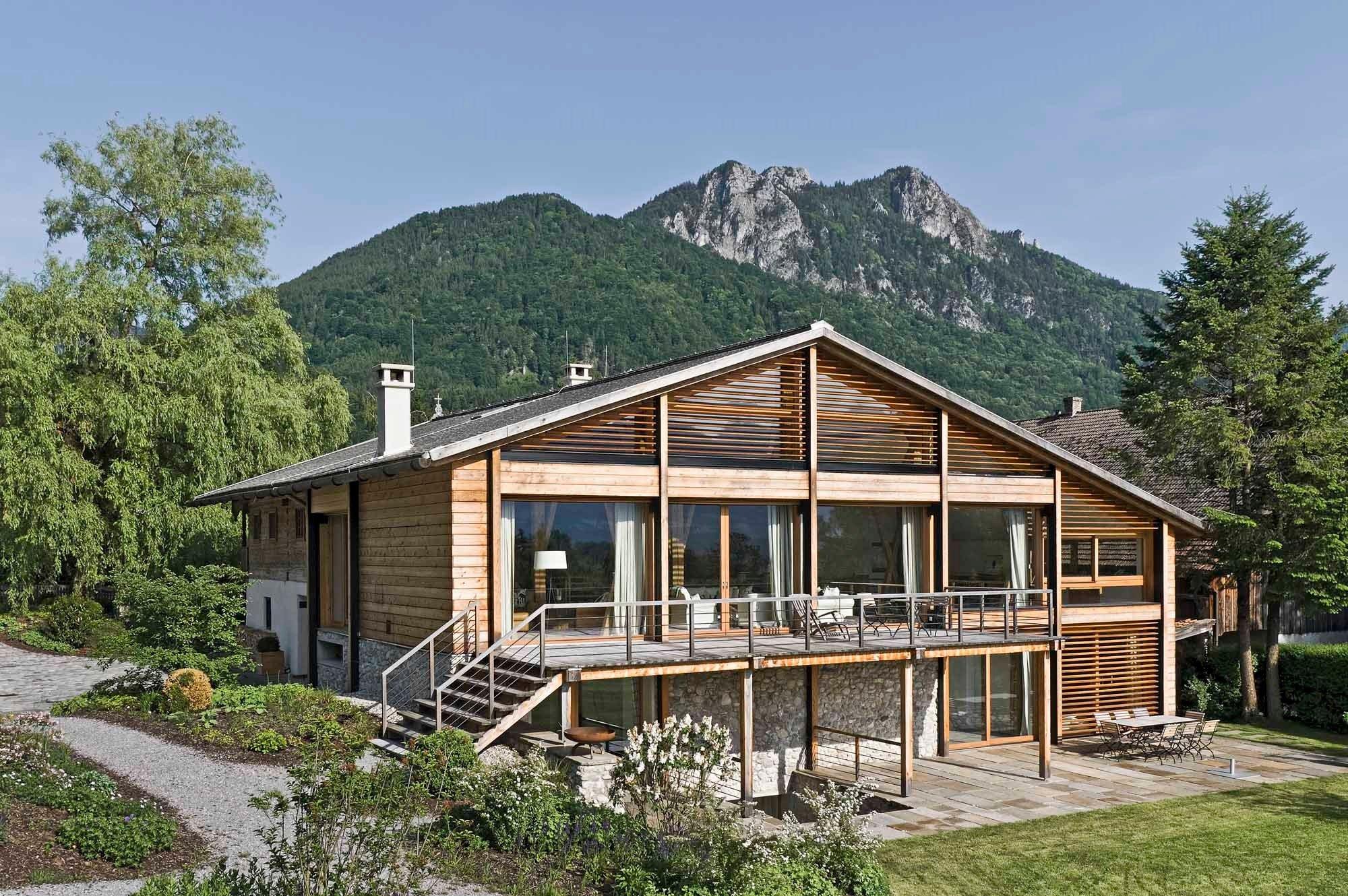 Bauernhaus in nu dorf am inn sonnenschutz wohnen for Bauernhaus modern