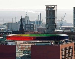 Horizontaler Regenbogen aus Glas