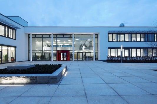 Begrüntes Flachdach klinikum kirchheim nürtingen flachdach sonderbauten baunetz wissen