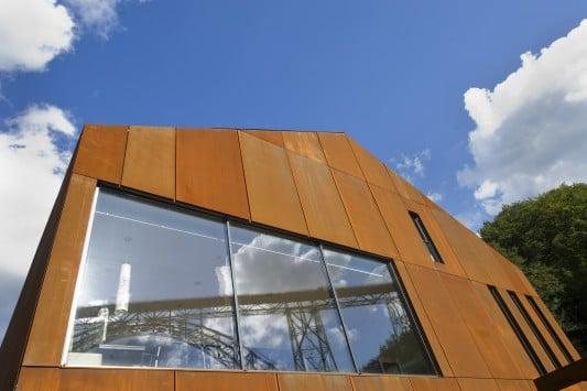 Fassadenverkleidung in Rost Optik als Highlight