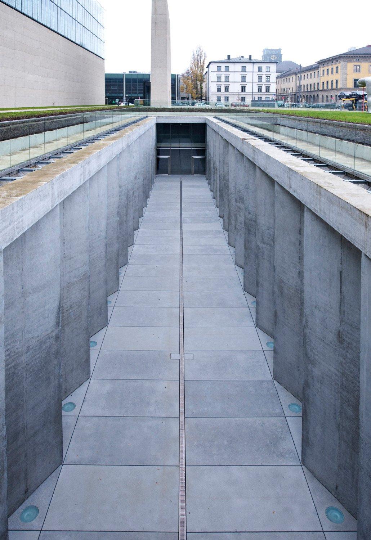 Gyptisches museum und filmhochschule in m nchen beton for Architektur rampe