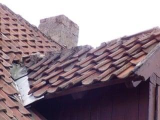 windlasten auf d chern mit dachziegel und dachsteindeckungen geneigtes dach normen. Black Bedroom Furniture Sets. Home Design Ideas