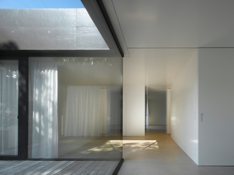 haus roy in schaffhausen ch beton wohnen efh baunetz wissen. Black Bedroom Furniture Sets. Home Design Ideas