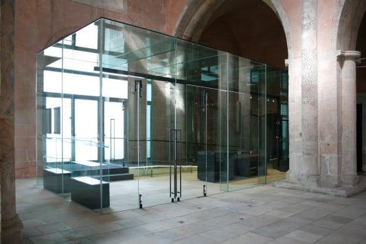 glaspavillon in der dominikanerkirche krems glas. Black Bedroom Furniture Sets. Home Design Ideas