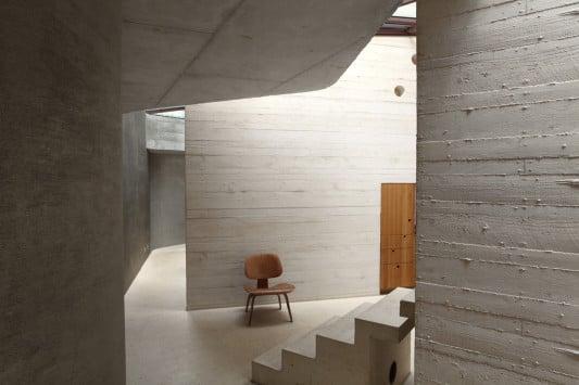 maison l in yvelines bei paris beton wohnen efh. Black Bedroom Furniture Sets. Home Design Ideas