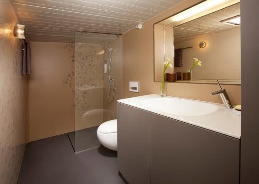 Mobiles badezimmer bad und sanit r news produkte for Badezimmer 4 5 m2