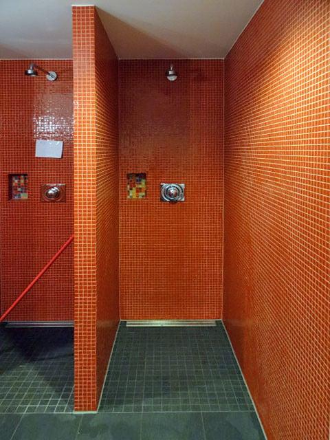 hebeanlage bodengleiche dusche barrierefreie duschen behindertengerechte bod - Dusche Im Keller Bauen