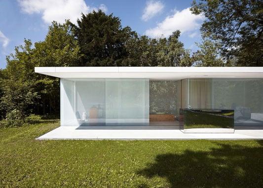 poolhaus zwei parallele horizontale scheiben bilden boden und dach pool house ideas