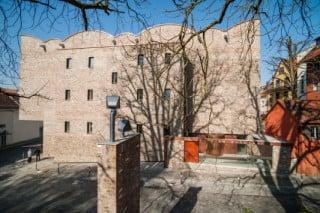 Mit seiner Fassade aus recycelten Klinkern wirkt das Kunstmuseum, als wäre es schon immer dagewesen