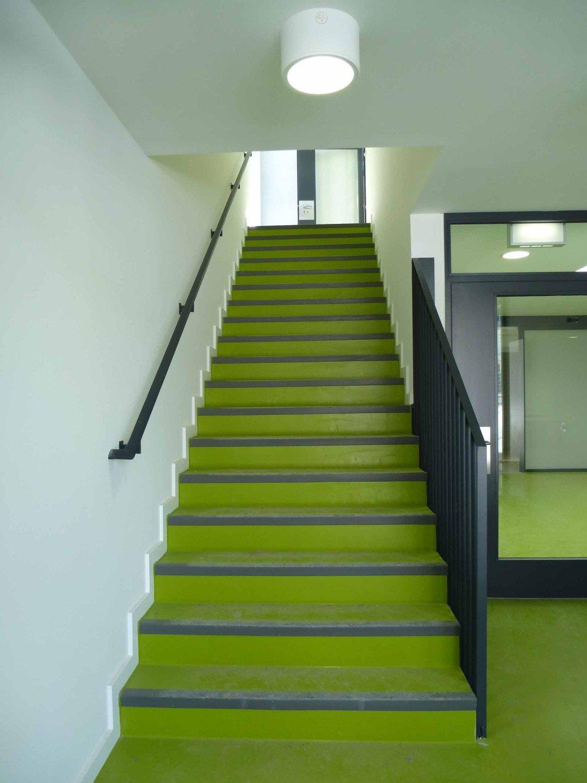 treppen aufbau freitragende treppen aufbau und allgemeine. Black Bedroom Furniture Sets. Home Design Ideas