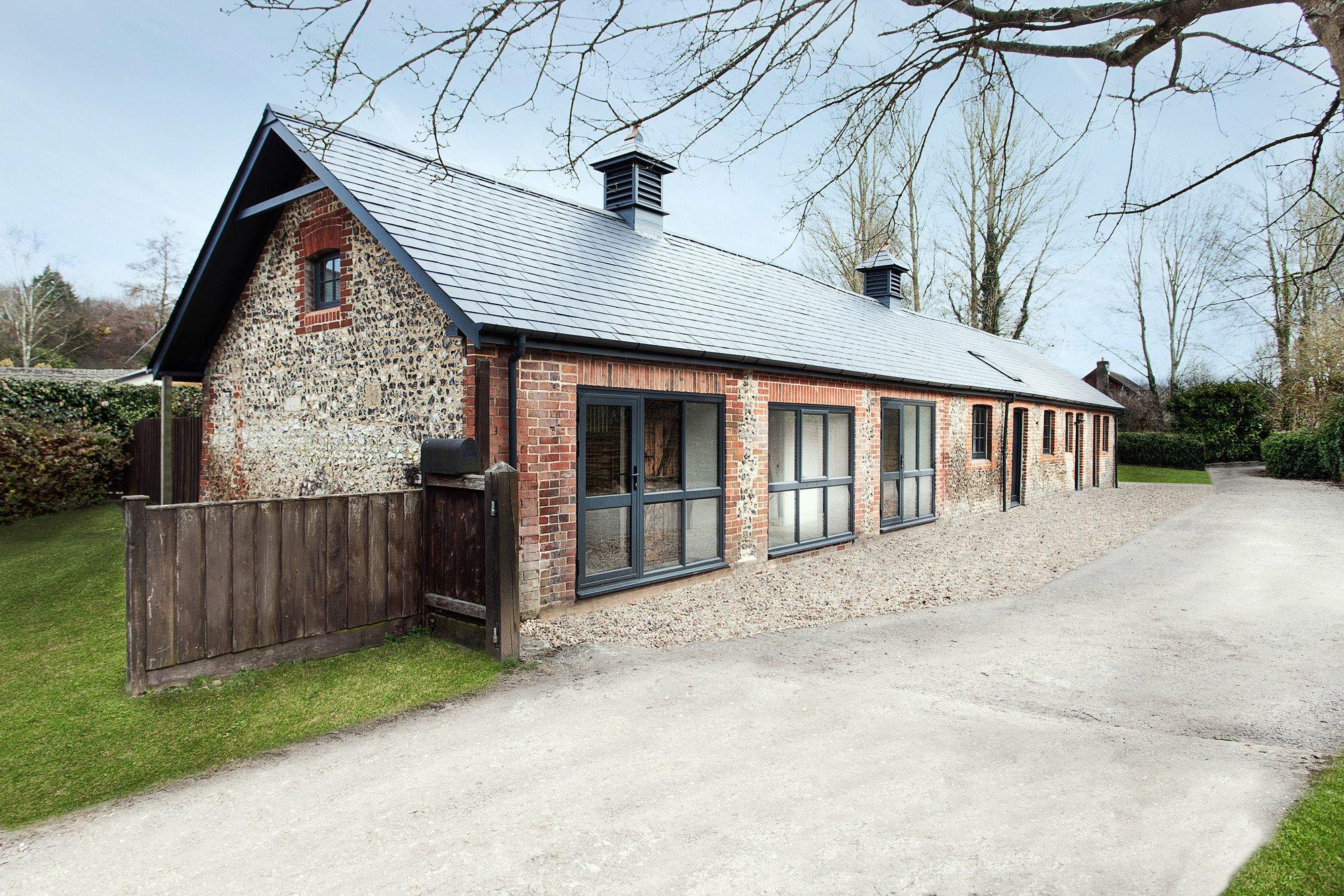 manor house stables in headbourne worthy geneigtes dach wohnen baunetz wissen. Black Bedroom Furniture Sets. Home Design Ideas