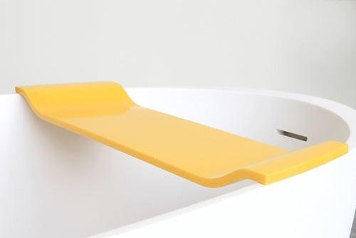 freistehende badewanne mit ablage bad und sanit r news produkte archiv baunetz wissen. Black Bedroom Furniture Sets. Home Design Ideas