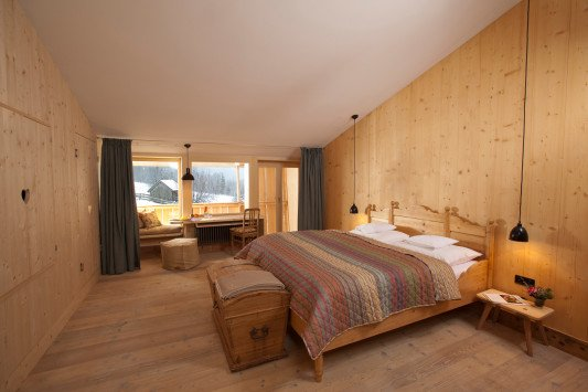 hotel tannerhof in bayrischzell geneigtes dach sport freizeit baunetz wissen. Black Bedroom Furniture Sets. Home Design Ideas