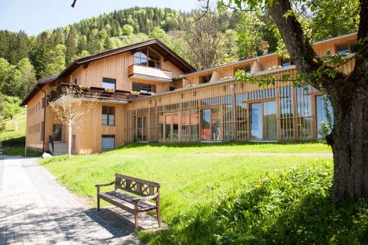 hotel tannerhof in bayrischzell geneigtes dach sport. Black Bedroom Furniture Sets. Home Design Ideas
