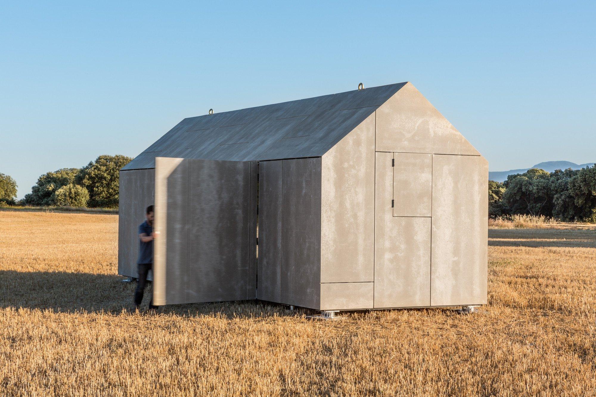 mobiles wohnhaus aus holzbeton beton news produkte baunetz wissen. Black Bedroom Furniture Sets. Home Design Ideas