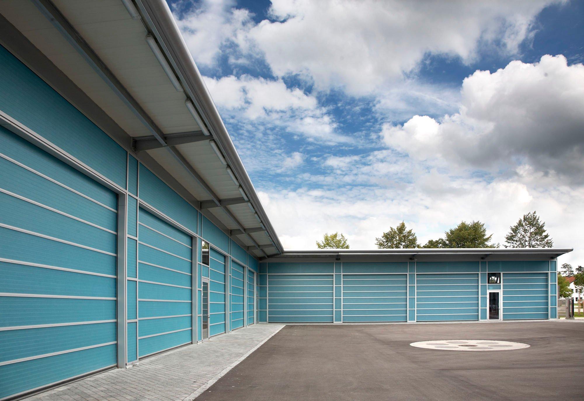Schieferfassade mit unsichtbarer befestigung fassade for Fenster 0 5 ug