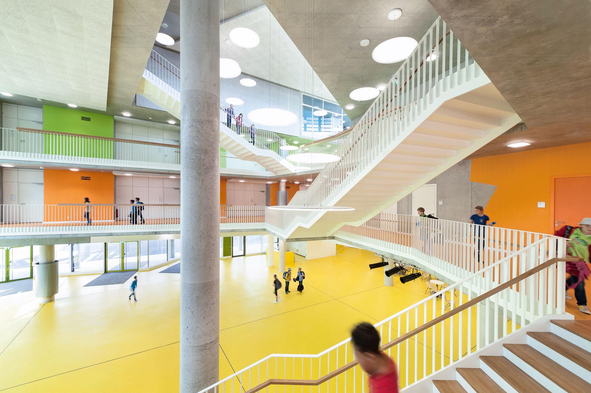Gymnasium in ergolding boden bildung baunetz wissen for Design schule