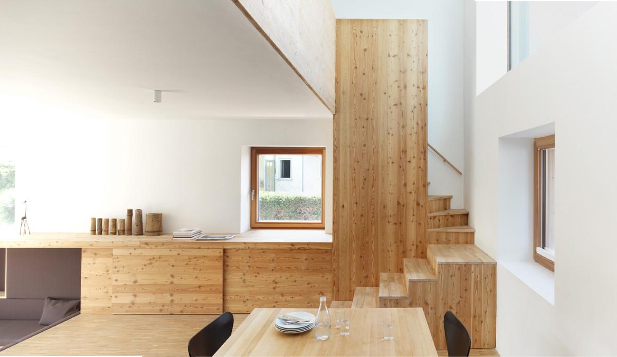 graues haus in m nchen d mmstoffe wohnen baunetz wissen. Black Bedroom Furniture Sets. Home Design Ideas