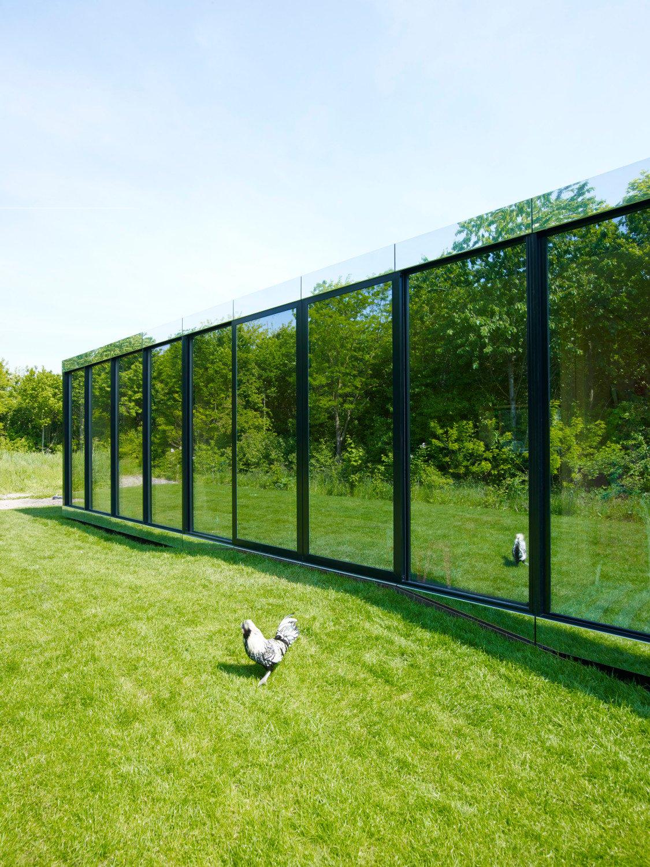 mirror house in almere glas wohnen baunetz wissen. Black Bedroom Furniture Sets. Home Design Ideas