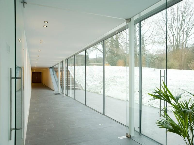 filigrane stahlfenster und t ren glas news produkte baunetz wissen. Black Bedroom Furniture Sets. Home Design Ideas