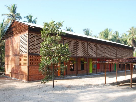 High School in Thazin