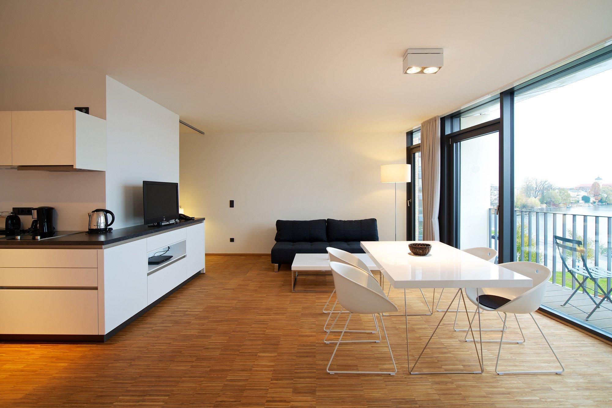 boardinghouse schiffbauergasse in potsdam heizung. Black Bedroom Furniture Sets. Home Design Ideas