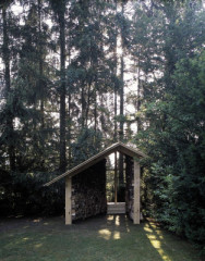 Die kleine Kapelle dient einem privaten Bauherrn als Ort der Kontemplation