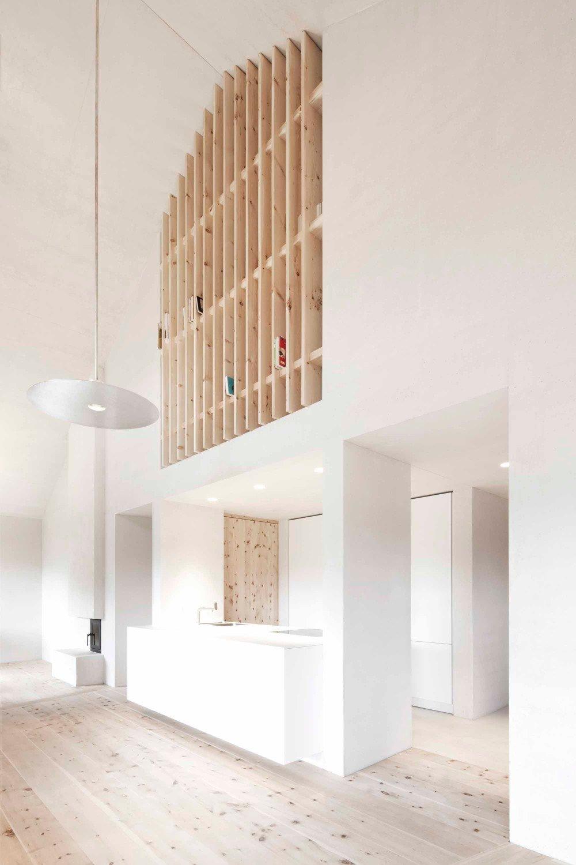 wohnhaus pliscia 13 und ferienhaus chalet la pedevilla bei enneberg geneigtes dach wohnen. Black Bedroom Furniture Sets. Home Design Ideas