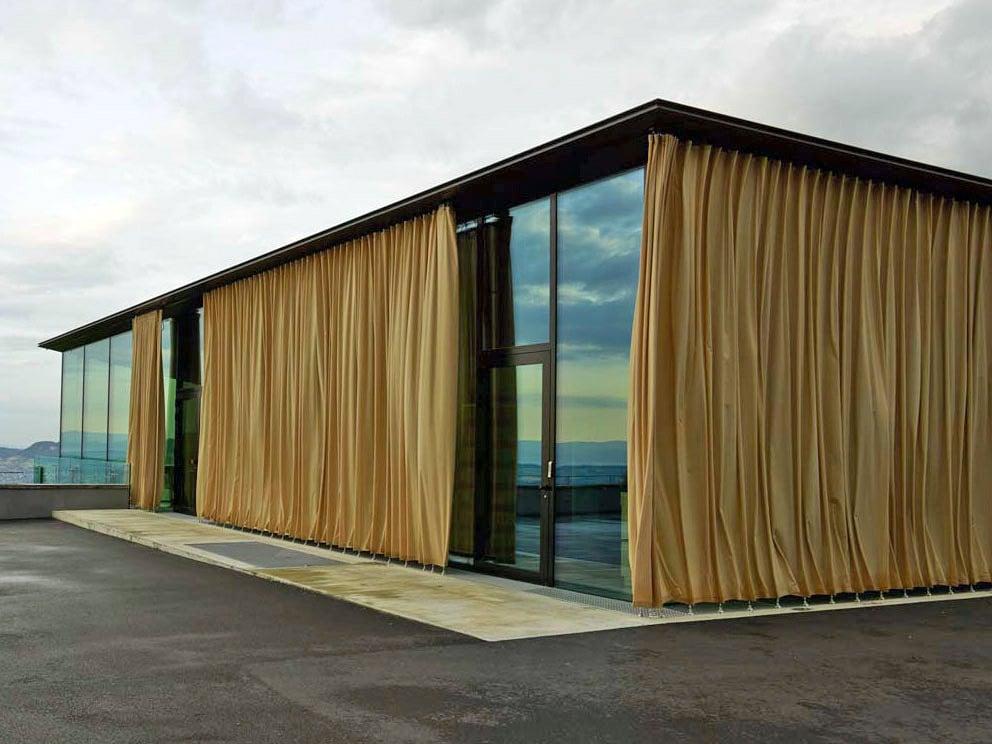 Pavillon auf dem gurten bei bern sonnenschutz for Gastronomie architektur