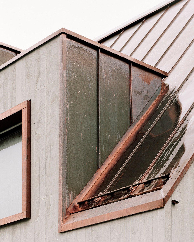 gemeindehaus der evangelisch ref kirchgemeinde w renlos geneigtes dach kultur baunetz wissen. Black Bedroom Furniture Sets. Home Design Ideas