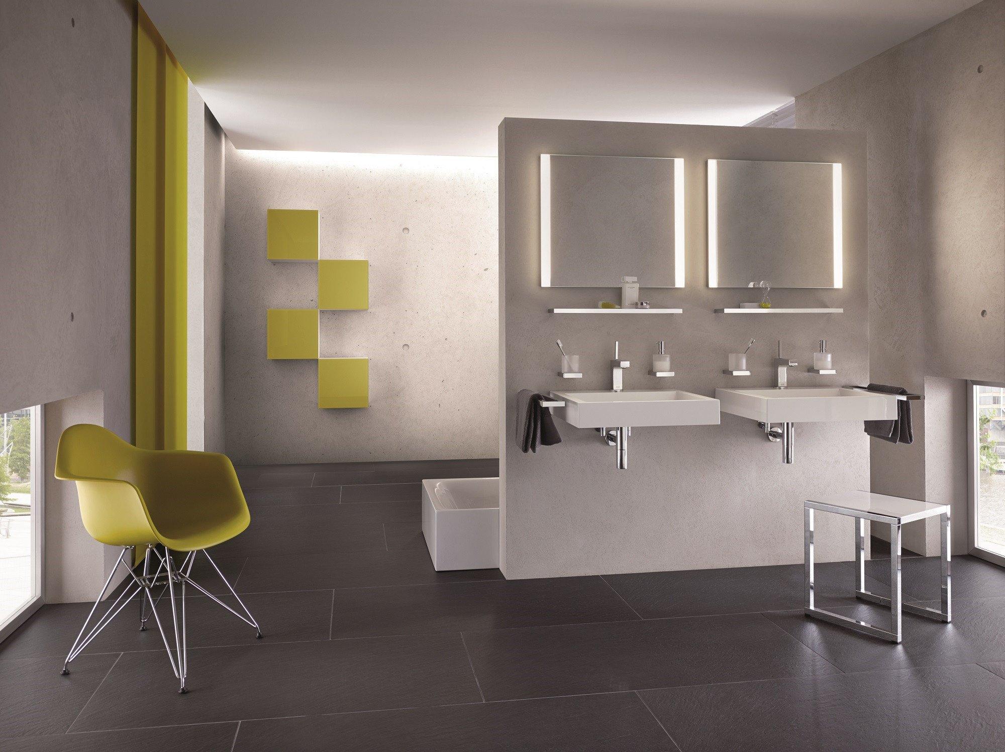 wc h uschen aus holz stampfbeton und altstahl bad und sanit r news produkte baunetz wissen. Black Bedroom Furniture Sets. Home Design Ideas