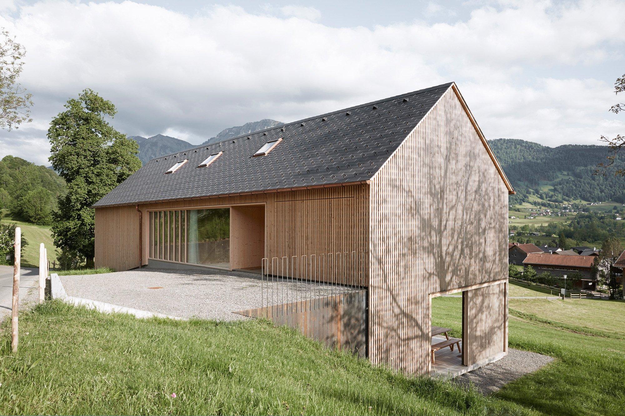 Wohnhaus in egg nachhaltig bauen wohnen baunetz wissen for Wohnhaus bauen