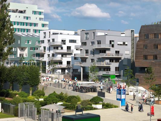 Wohnhäuser Holz 5 1/4 in Hamburg