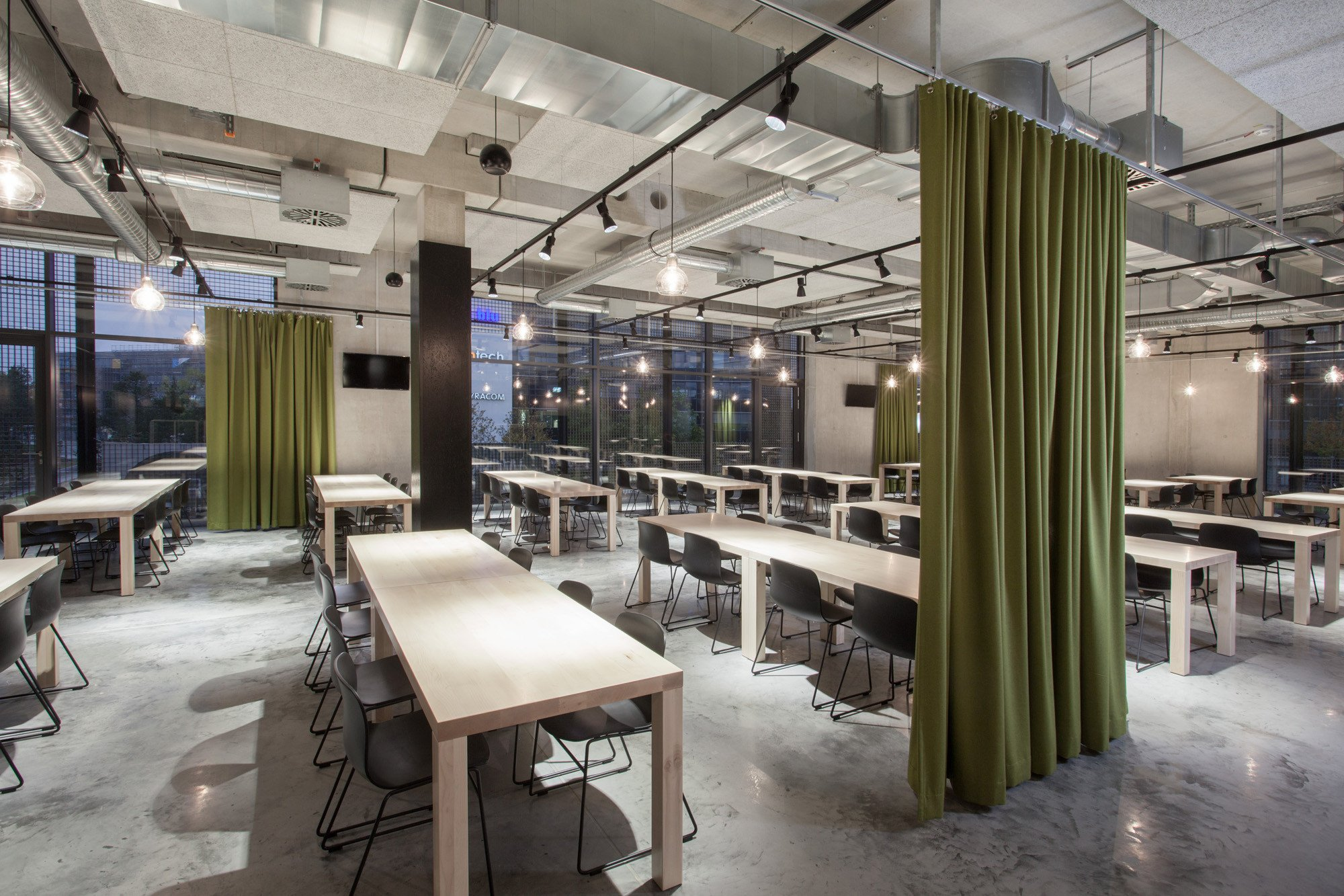 Vorhang Schallabsorbierend raumteilende und schallabsorbierende vorhänge akustik