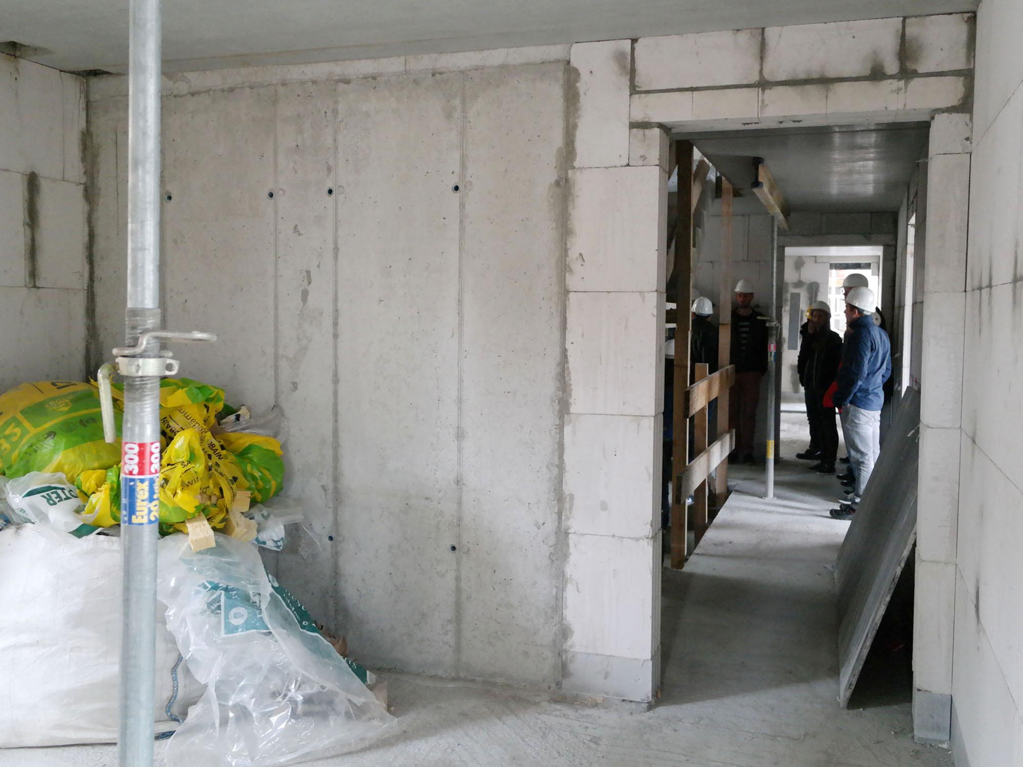 Delightful Mit Einer Einfachen Stahlbetonwand Eines Aufzugsschachtes Als Trennbauteil  Zu Einem Wohnraum Wird Nur Bei Leisen Aufzugsanlagen