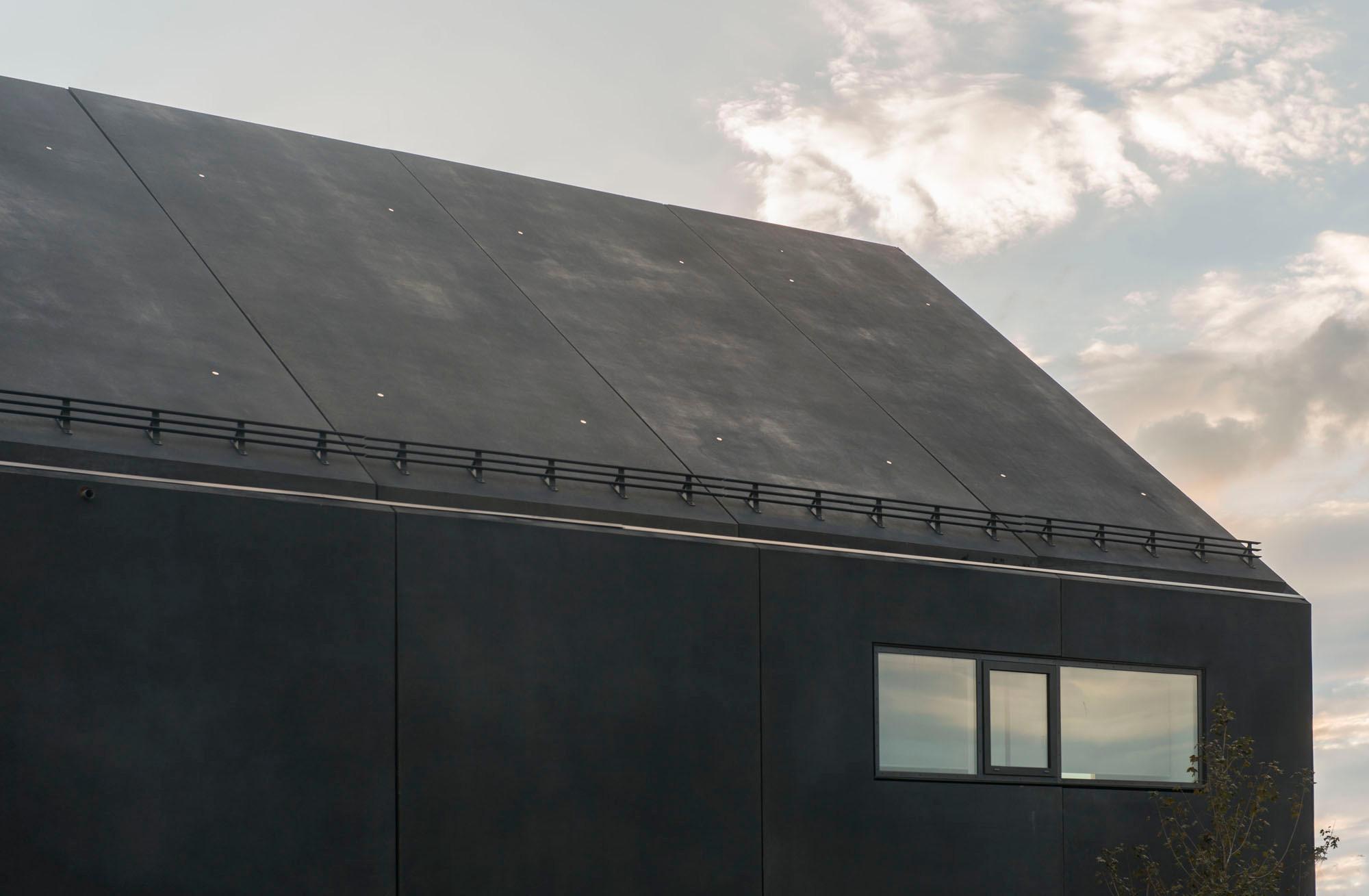 rathaus und b rgerzentrum in strullendorf geneigtes dach b ro gewerbe baunetz wissen. Black Bedroom Furniture Sets. Home Design Ideas