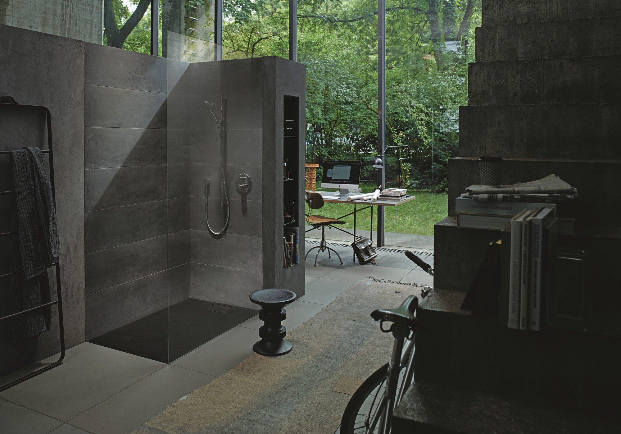 dusch wc mit konischer front bad und sanit r news. Black Bedroom Furniture Sets. Home Design Ideas