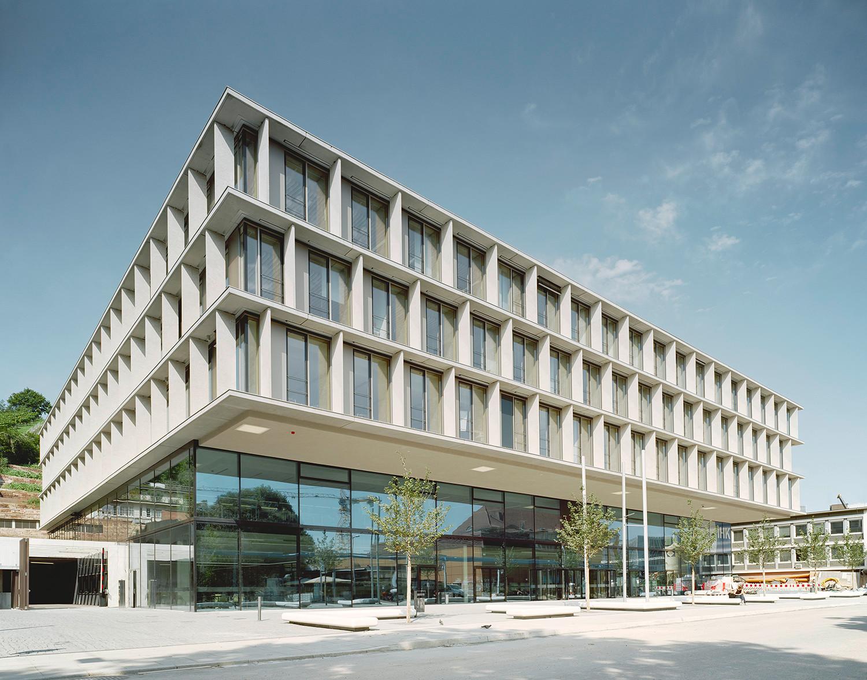 Industrie und handelskammer stuttgart elektro b ro for Architektur 4 1