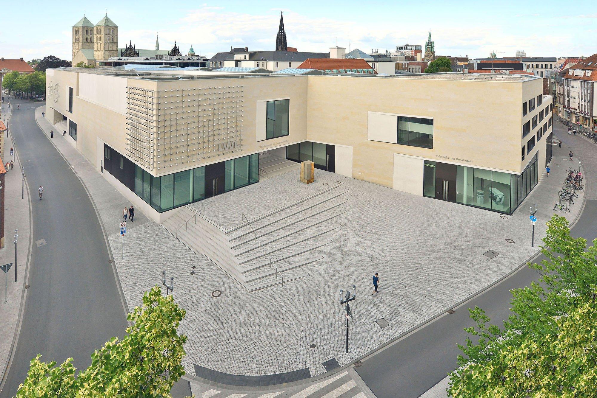 Foyer Museum Grundriss : Lwl museum für kunst und kultur in münster elektro
