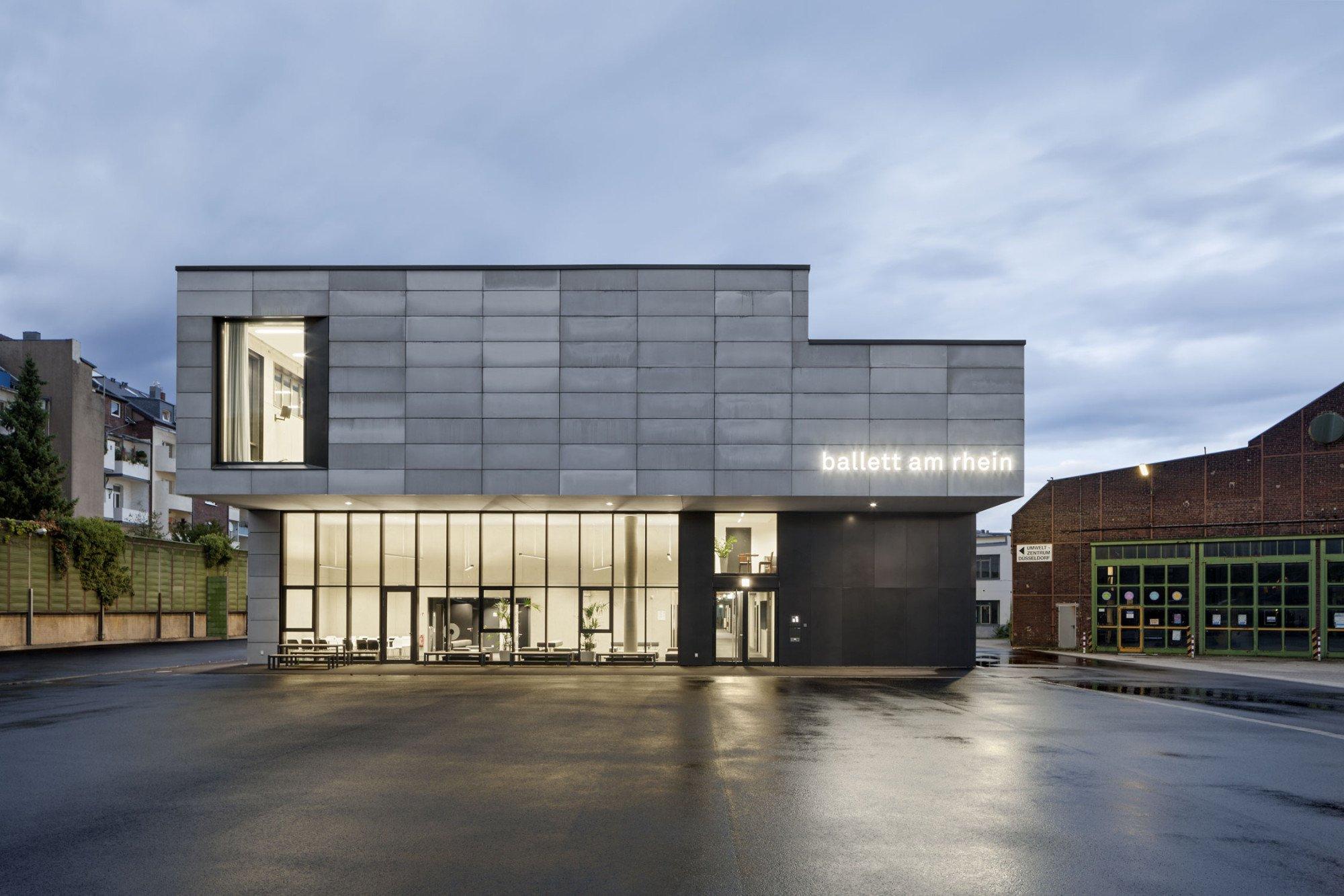 probenhaus f r das ballett am rhein in d sseldorf beton kultur baunetz wissen. Black Bedroom Furniture Sets. Home Design Ideas