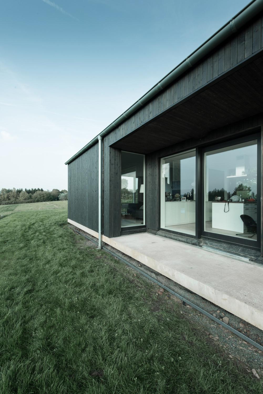 Bayer Strobel wohnhaus in ottweiler geneigtes dach wohnen baunetz wissen