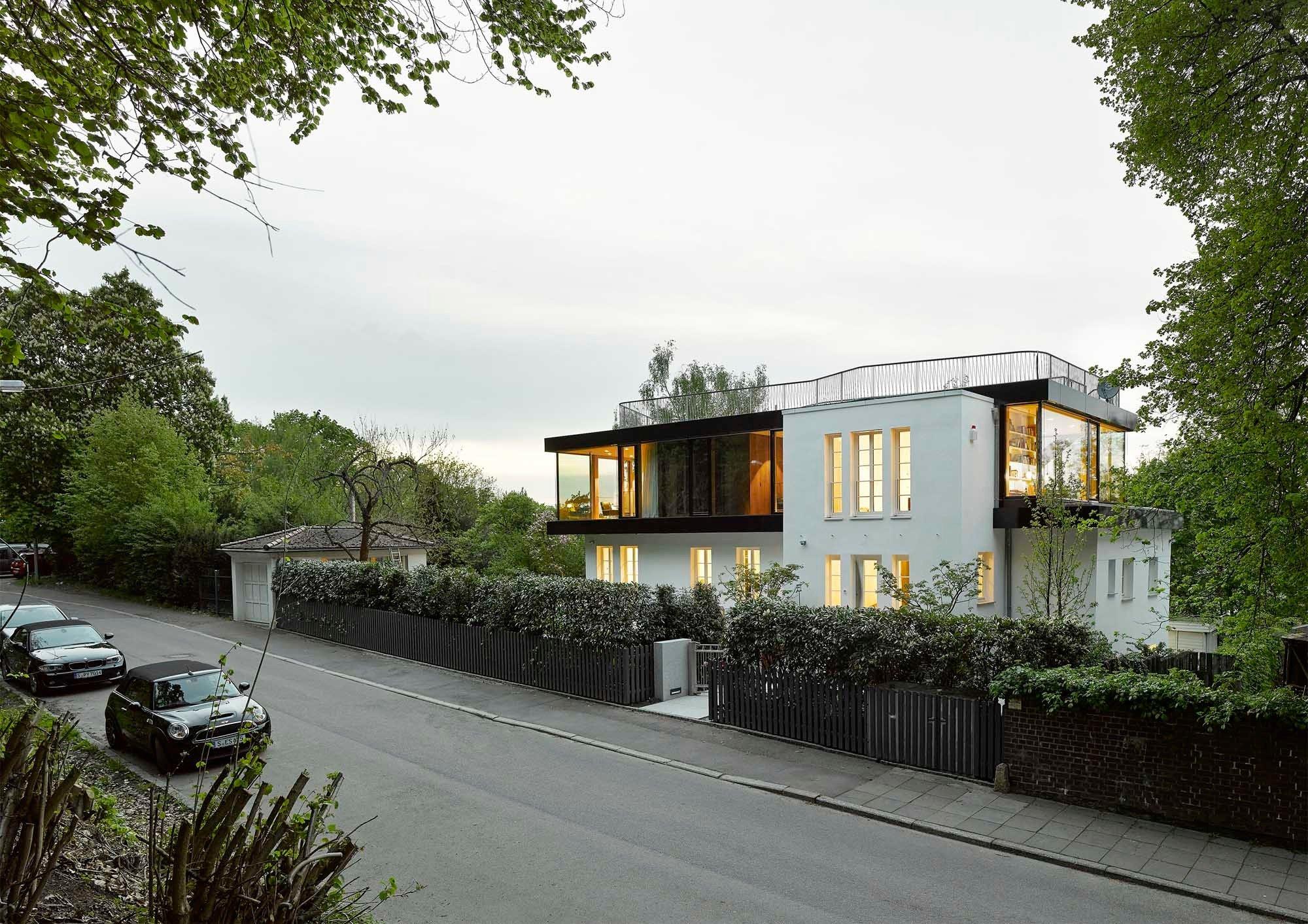 aufstockung haus s in stuttgart flachdach wohnen baunetz wissen. Black Bedroom Furniture Sets. Home Design Ideas