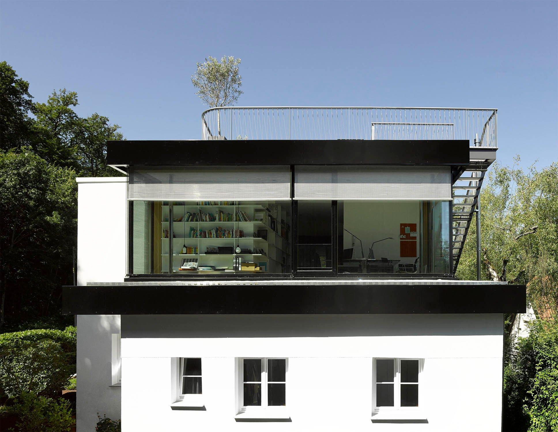 Aufstockung haus s in stuttgart flachdach wohnen for Zweifamilienhaus flachdach