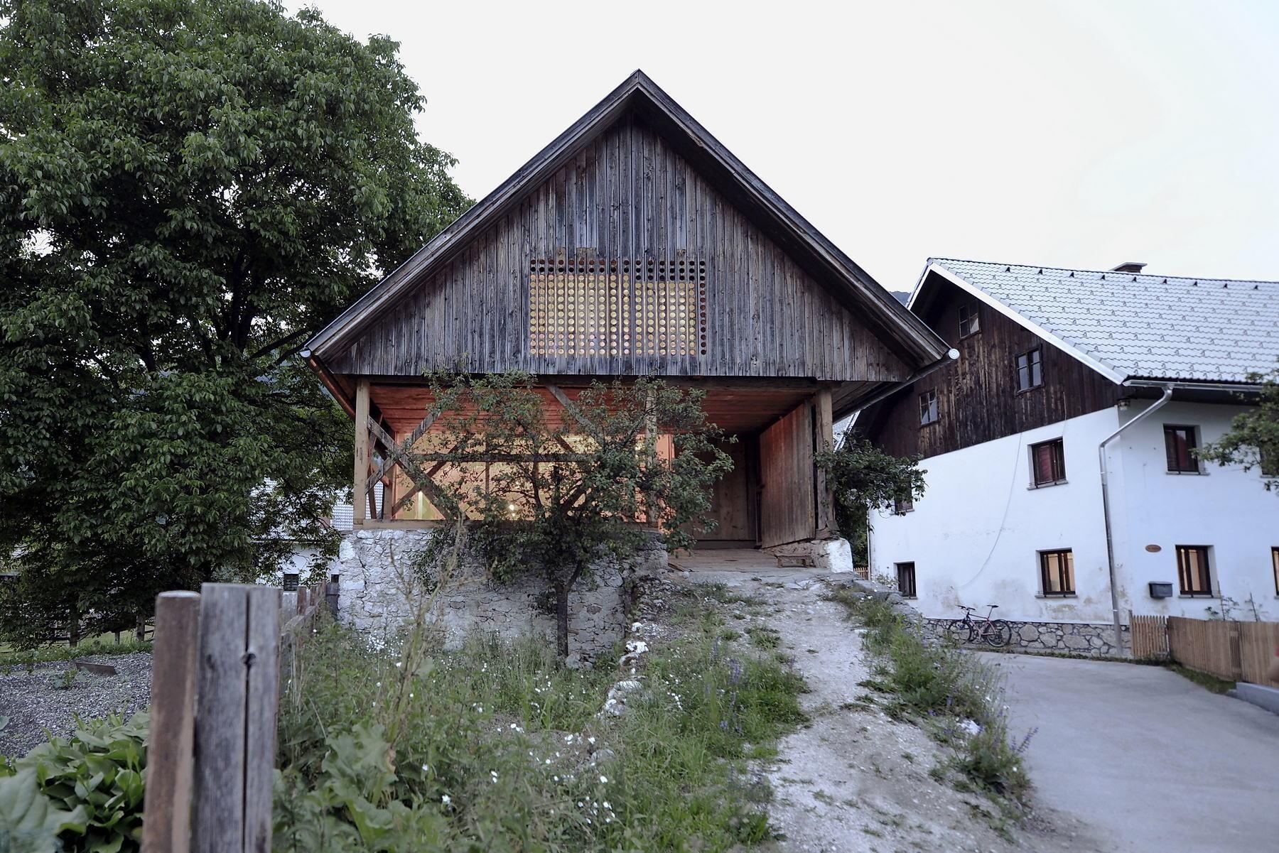 Alpine Barn Apartment in Bohinj | Heizung | Wohnen | Baunetz_Wissen