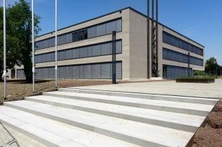 Der Neu- und Umbau der Berufsschule Radolfzell erfolgt in drei Etappen. Sichtbeton ist das verbindende Element des Ensembles