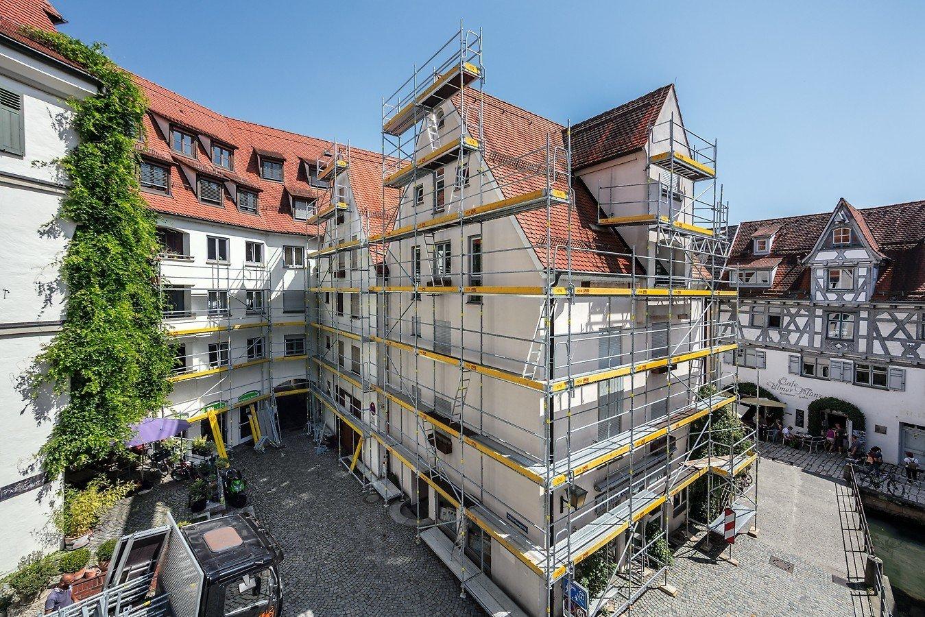 Rahmengerüst   Gerüste und Schalungen   Glossar   Baunetz_Wissen